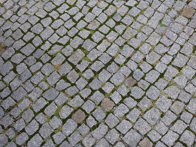 Should I Leave a Gap Between Concrete Pavers?